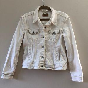 Levi's denim jacket (white)